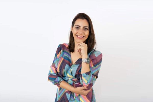 Camila Feriani é Head de Varejo, Alimentos e Bebidas da THB Brasil / Divulgação