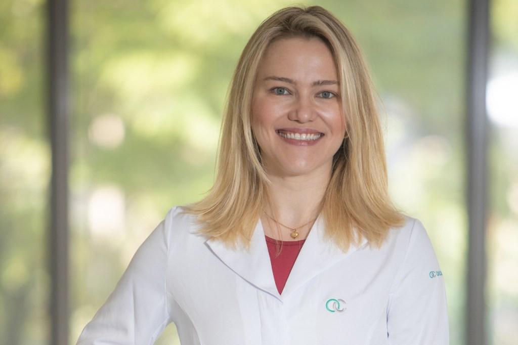 Dra. Ana Gelatti é Médica Oncologista e Pesquisadora da Oncoclínicas RS / Divulgação