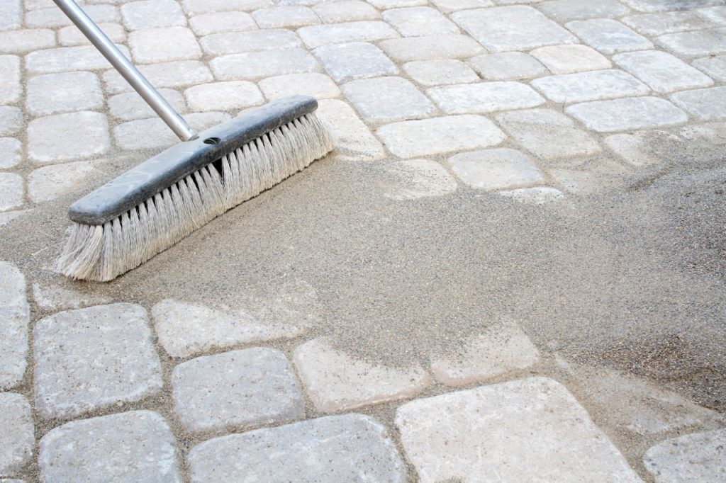 re sand pavers and make your patio look