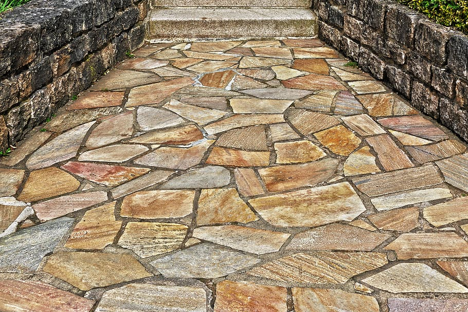 is flagstone cheaper than pavers and