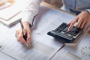 How to Keep Your Personal and Business Finances Separate