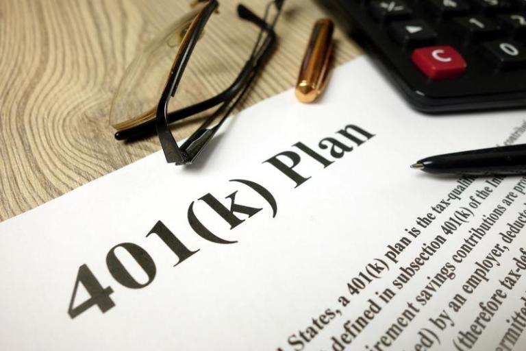 Should You Still Save in a 401(k) Without a Company Match?