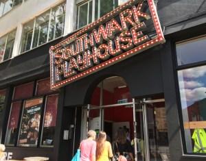 Playhouse Theatre プレイハウス・シアター