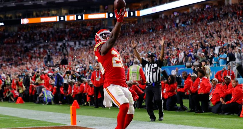 Damien Williams celebrates touchdown in historic Super Bowl game. He scored a total of two touchdowns in the Chiefs victorious game over the 49ers that ended in a final score of 31-20. (Courtesy of CNN)