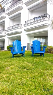 Instameet-marriot-cancun-sillas-blue