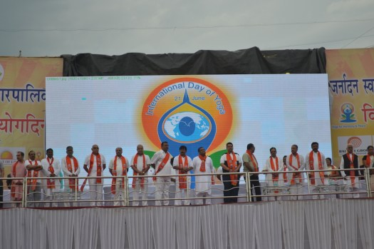 21st June JS Yog International Yoga Day Yashwant Stadium, Nagpur CM Devendra Fadnavis Union Minister Nitin Gadkari_109