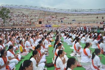 21st June JS Yog International Yoga Day Yashwant Stadium, Nagpur CM Devendra Fadnavis Union Minister Nitin Gadkari_137