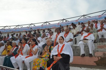 21st June JS Yog International Yoga Day Yashwant Stadium, Nagpur CM Devendra Fadnavis Union Minister Nitin Gadkari_37