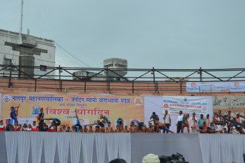 21st June JS Yog International Yoga Day Yashwant Stadium, Nagpur CM Devendra Fadnavis Union Minister Nitin Gadkari_65