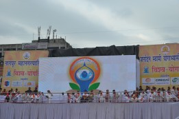 21st June JS Yog International Yoga Day Yashwant Stadium, Nagpur CM Devendra Fadnavis Union Minister Nitin Gadkari_76