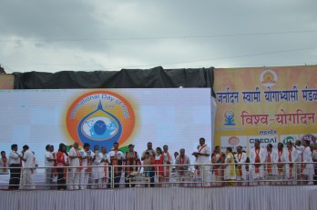 21st June JS Yog International Yoga Day Yashwant Stadium, Nagpur CM Devendra Fadnavis Union Minister Nitin Gadkari_95