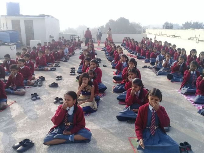 js yog shaleya spardha K.T.R.S. English High school6&7th Standared-1