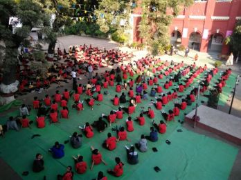 js yog shaleya spardha New english high school mahal2