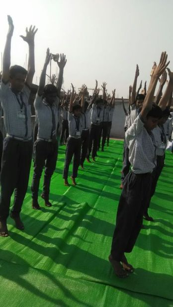 js yog shaleya spardha G.M. Banait English High School