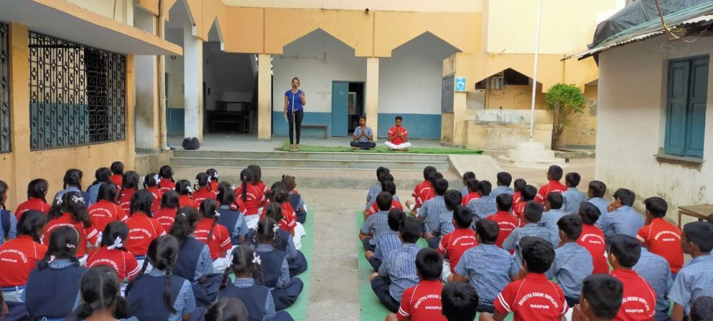 BKVV-Zingabai-Takli-Inter-School-Yoga-Competition-training-2019