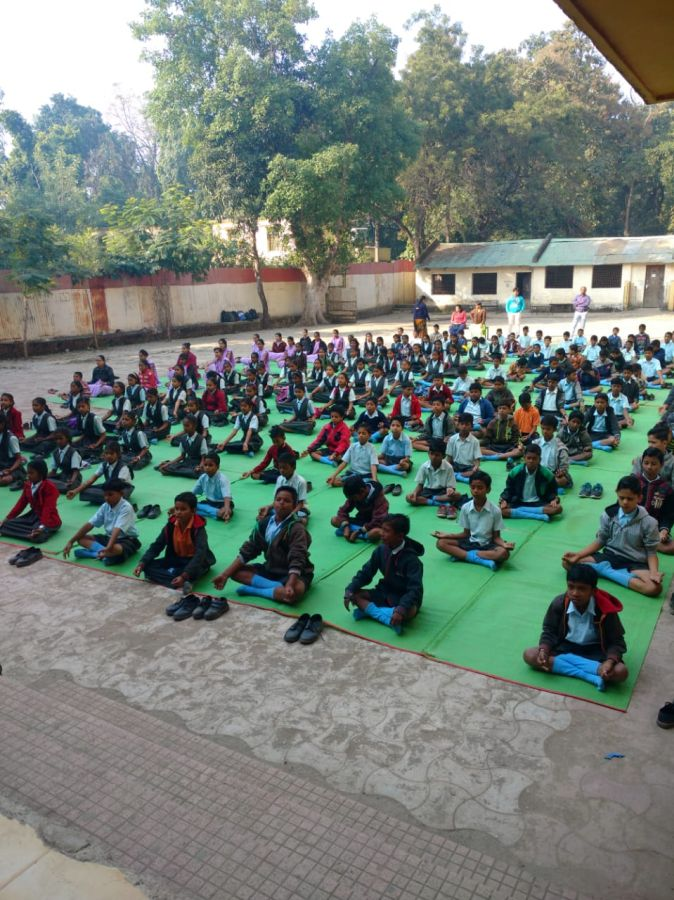 CP-Berar-School-27-11-19-Inter-School-Yoga-Competition-training-2019