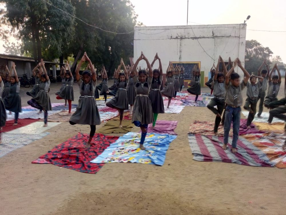 Jamdar-High-School-29-11-19-Inter-School-Yoga-Competition-training-2019-2