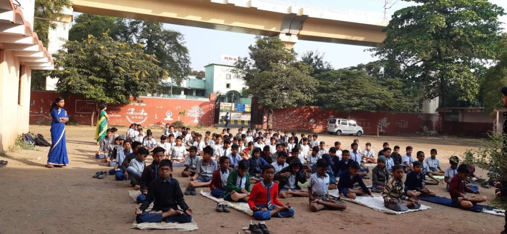 Madan-Gopal-High-School-burdi-15-11-19-Inter-School-yoga-competition-training-2019-1