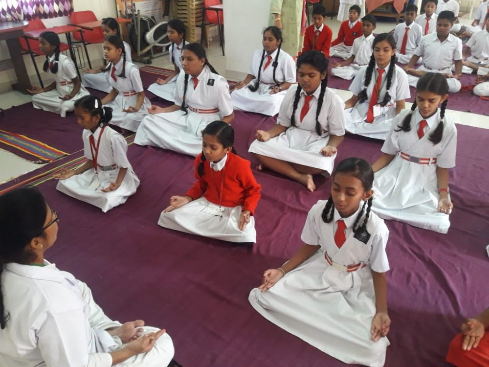 New-Meridian-Convent-23-11-19-Inter-School-Yoga-Competition-training-2019-1