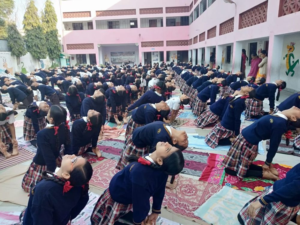 Jindal-public-school-7-12-19-Inter-school-yogasan-competition-training-2019-2