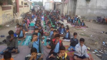 Hamari-Pathshala-Wathoda-near-Swaminarayan-Mandir-7-1-20-Inter-school-yogasan-competition-training-2019