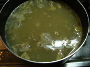 2日間煮込んだ後のスープ