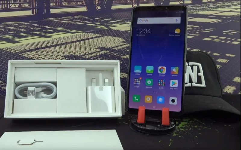 Tombola Geek du mois de Decembre, mon Xiaomi Mi Max 3 Global à gagner