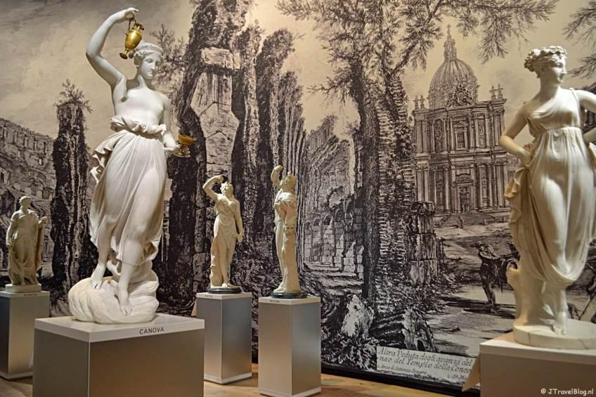 De tentoonstelling 'Classic Beauties' in de Hermitage in Amsterdam in november 2018.