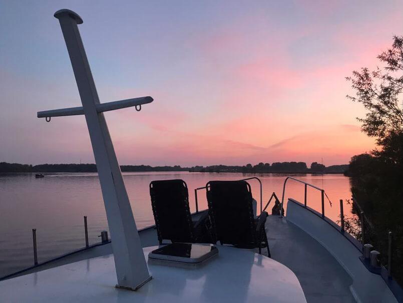 Boot in Roelofarendsveen/Zuid-Holland