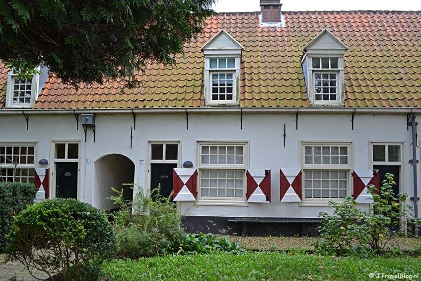 Brouwershofje aan de Tuchthuisstraat in Haarlem