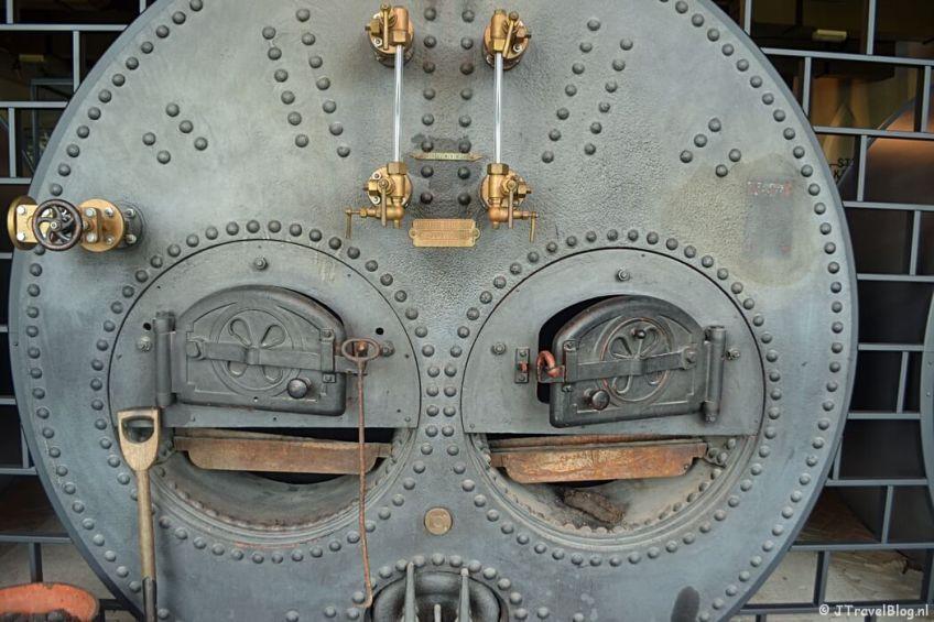 De kolenketel in het Cruquius Museum