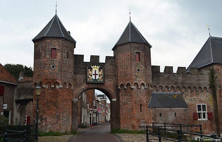 De Koppelpoort in Amersfoort tijdens de 9e etappe van het Westerborkpad