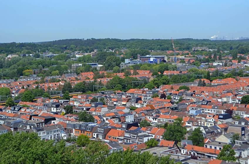 Uitzicht richting IJmuiden vanaf het hoogste punt van de KoepelKathedraal in Haarlem
