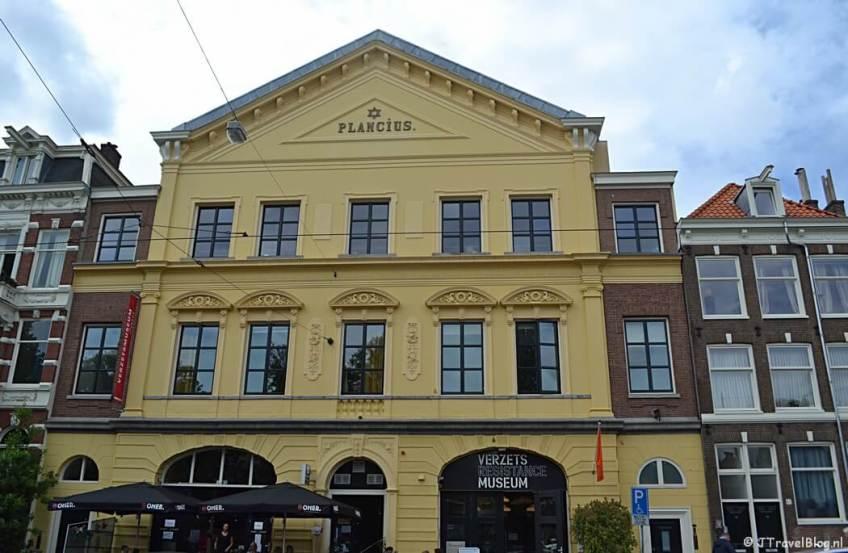 Het Verzetsmuseum in Amsterdam tijdens etappe 0 van het Westerborkpad