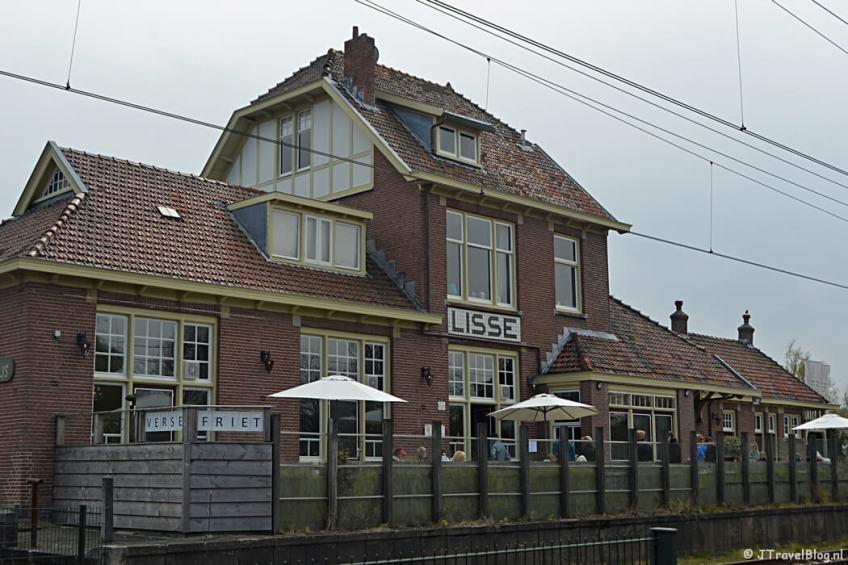 Het oude station van Lisse tijdens de Bollenstreekwandeling rond De Zilk