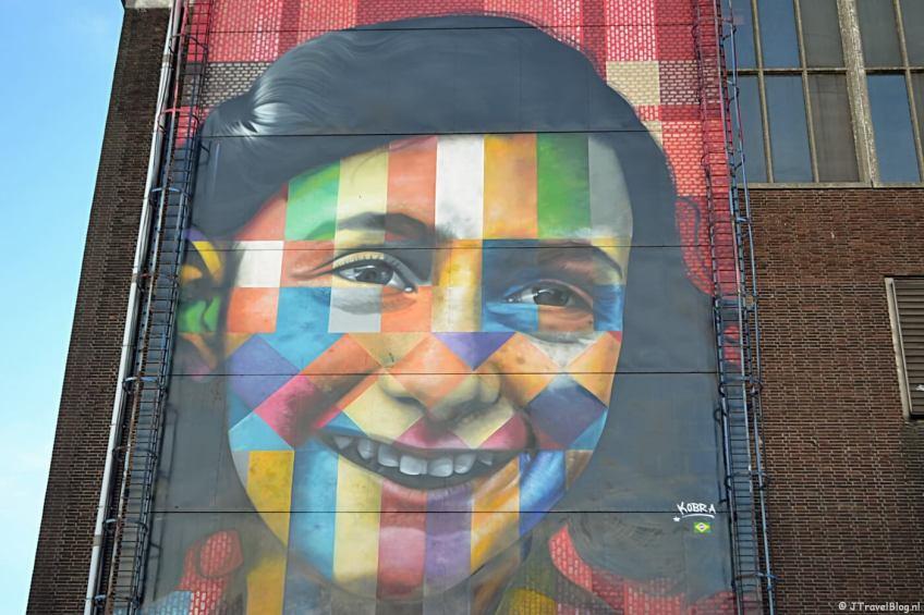 Streetart van Anne Frank op de NDSM werf in Amsterdam Noord