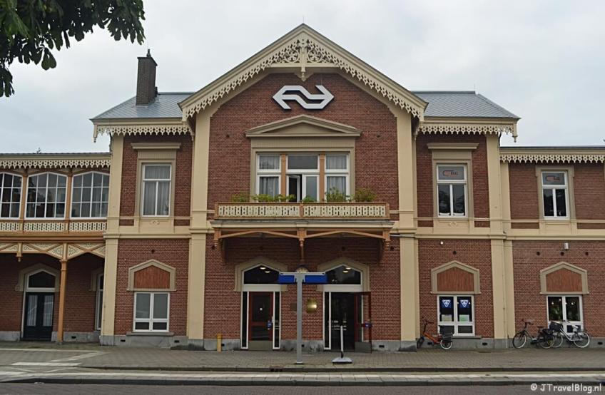 Het station van Baarn tijdens de 8e etappe van het Westerborkpad