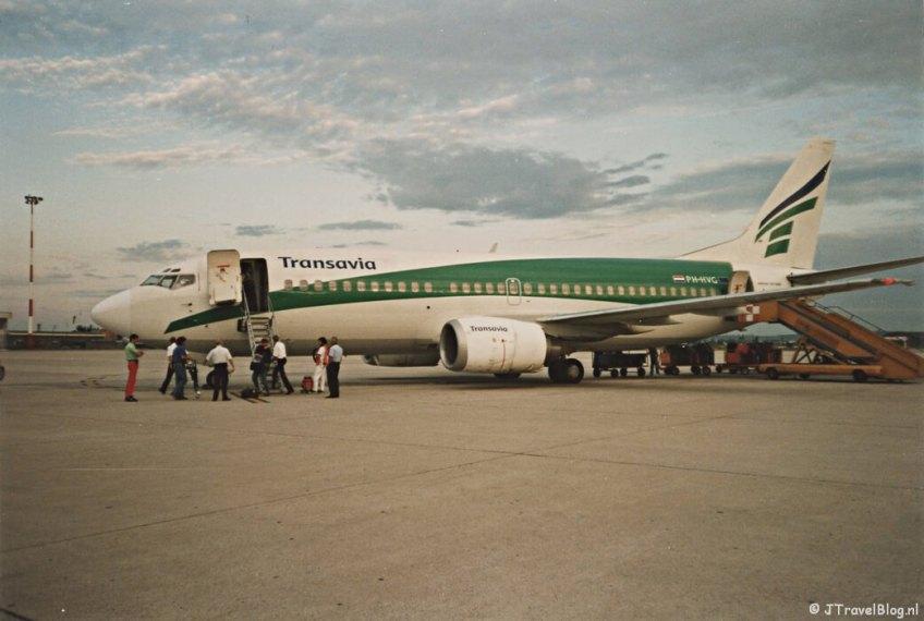 Het Transavia toestel op de luchthaven van Verona, de bestemming van mijn allereerste vliegreis