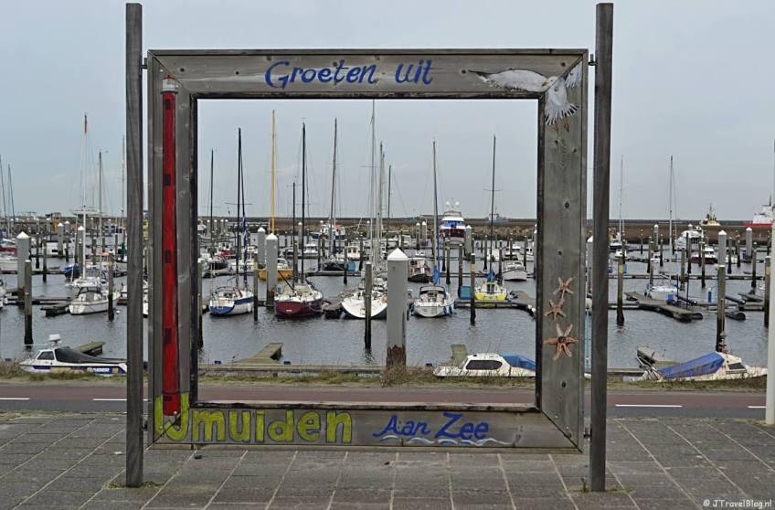 Wandelen in de duinen van IJmuiden: Groeten uit IJmuiden aan Zee