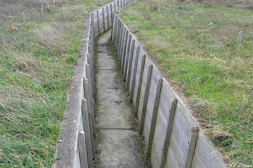 De loopgraven bij het Bunkermuseum