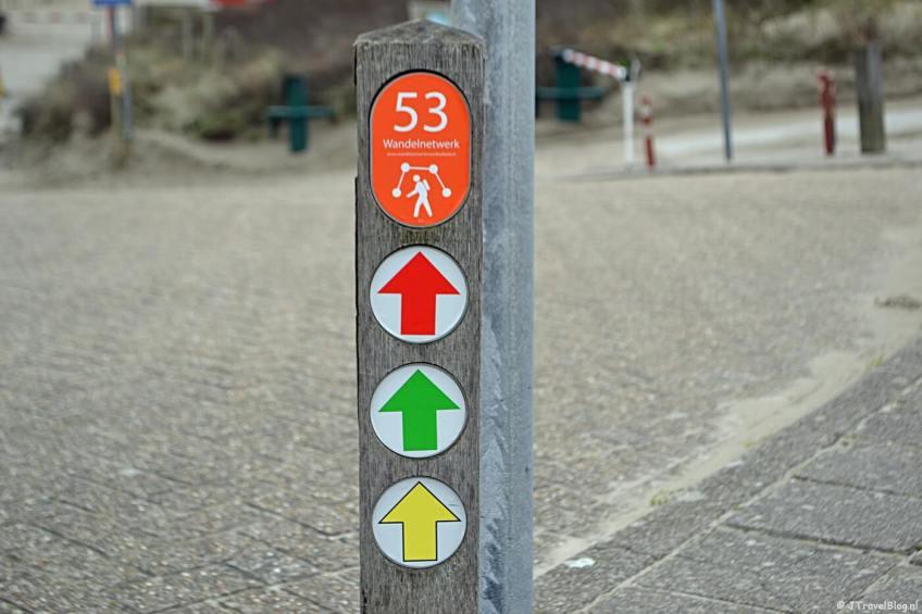 Wandelen in de duinen van IJmuiden: paaltje 53