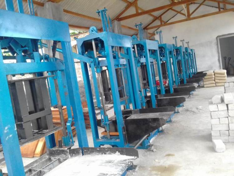 mesin paving block manual samarinda