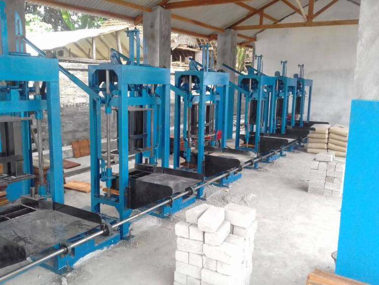 Jual mesin paving blok manual bontang
