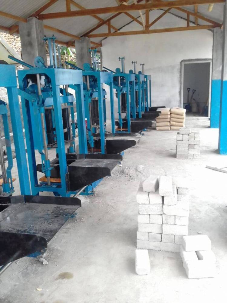Jual mesin paving block manual di bontang