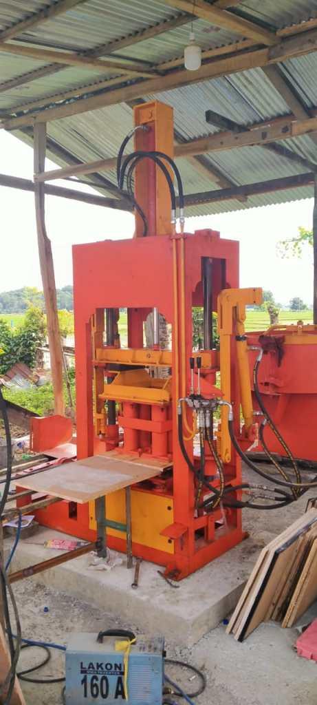 Jual mesin paving block di karawang