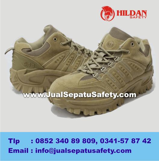 Harga SEPATU GURUN 5.11 Tactical Low Boots 4 - TAN
