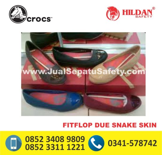 fitflop due snake skin