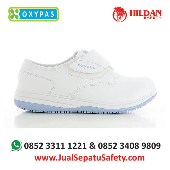 emily-lbl-jual-sepatu-rumah-sakit