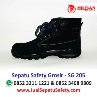 sepatu-safety-grosir-sg-205-harga-sepatu-safety-shoes-termurah-di-batam-medan