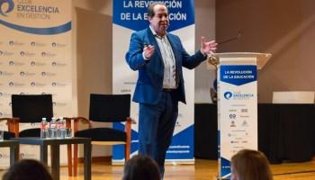 Lecciones de Liderazgo imaginativo del CEO de Disney | HABLEMOS DE ...